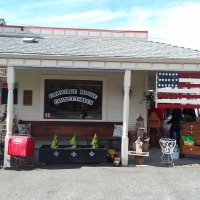 Carriage House Collectibles Ribbon Cutting